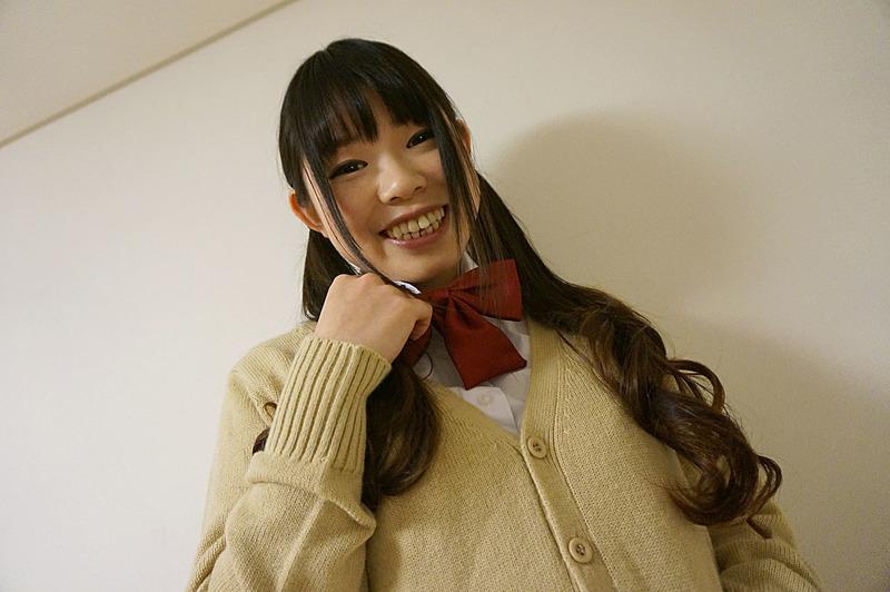 【レズ動画】エロ可愛い素人美女が二人で仲良くライブ